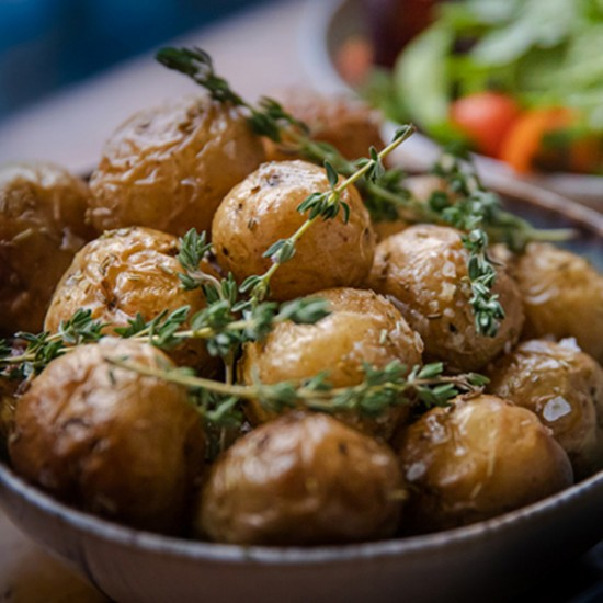 Den Eksklusive catering menu med 3 velsmagende retter fra populære Dining Six