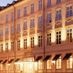 PHOENIX COPENHAGEN - 1,2 el. 3 nætter m. morgenmad, chokolade, gratis WiFi, gratis fitness