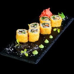 Akiba Sushi på Frederiksberg - Vælg mellem 45 eller 59 stk. take-away sushi menuer